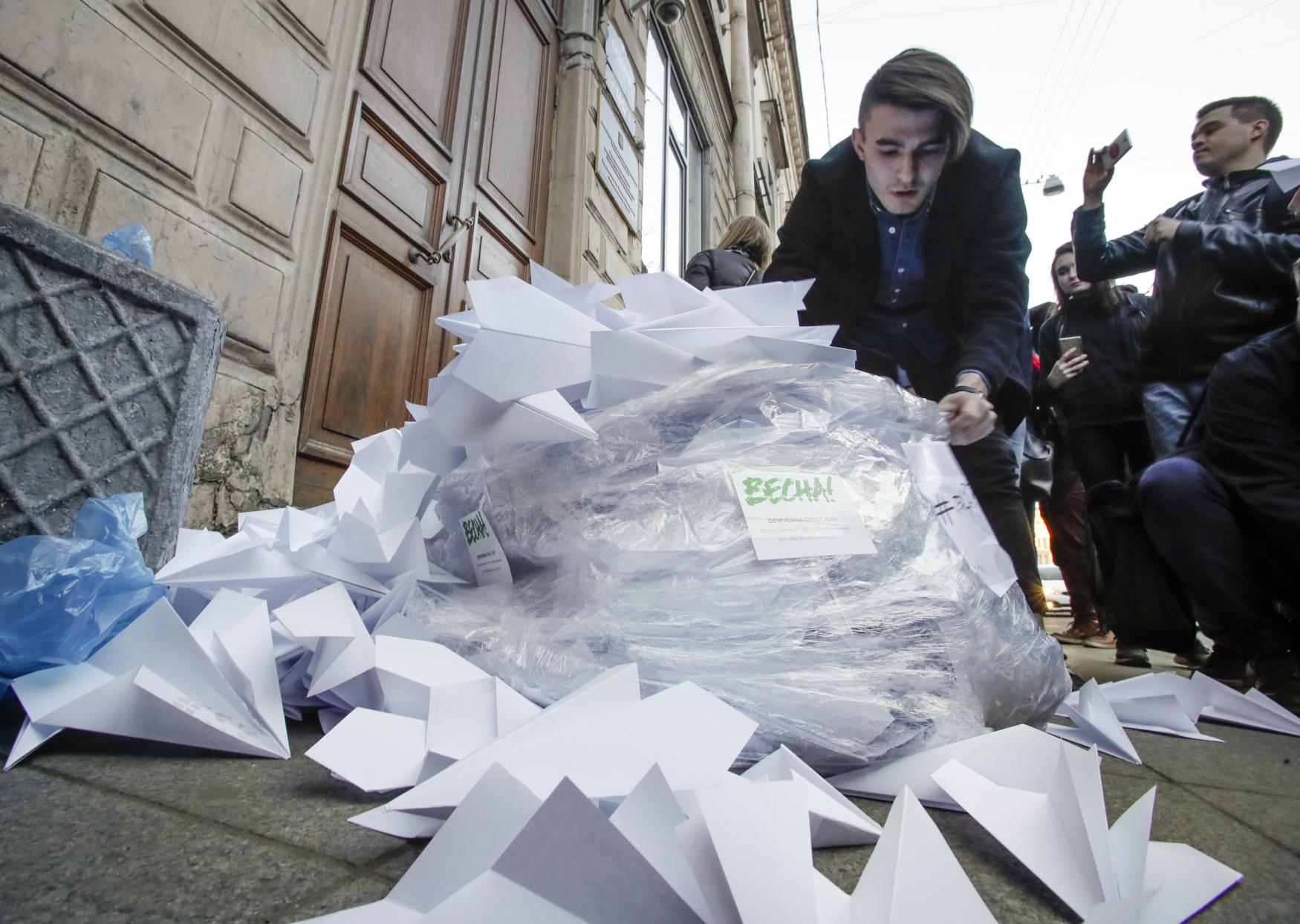 Ruští aktivisté protestují proti zákazu služby Telegram