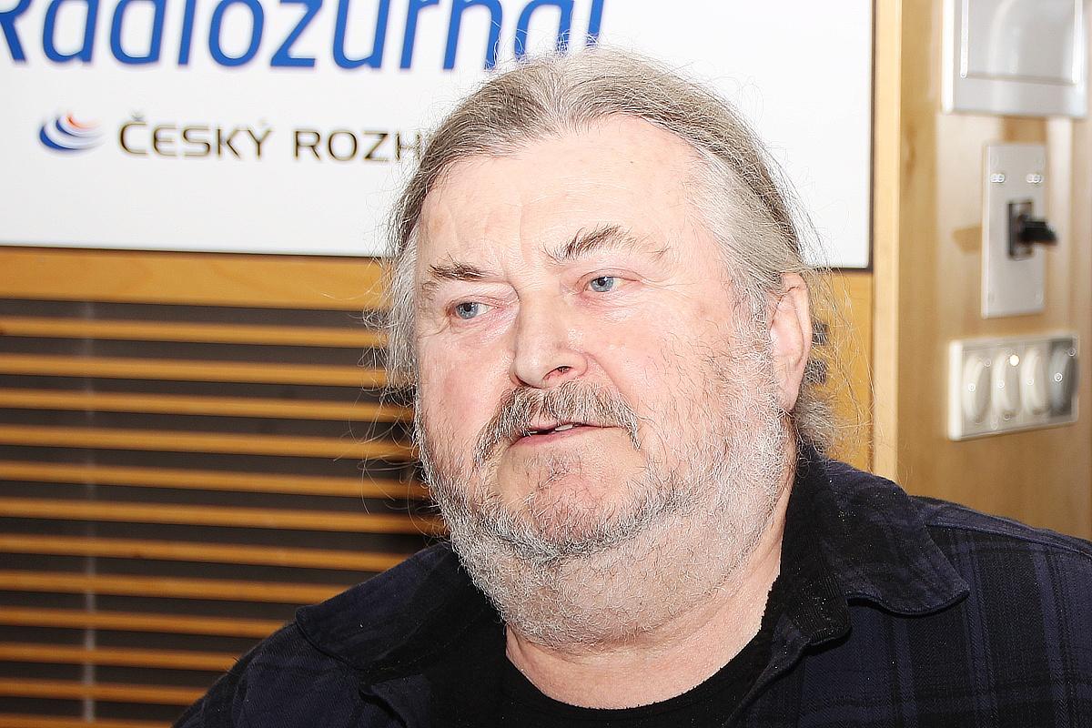 Hudebník, textař a politik František Ringo Čech byl hostem Dvaceti minut Radiožurnálu