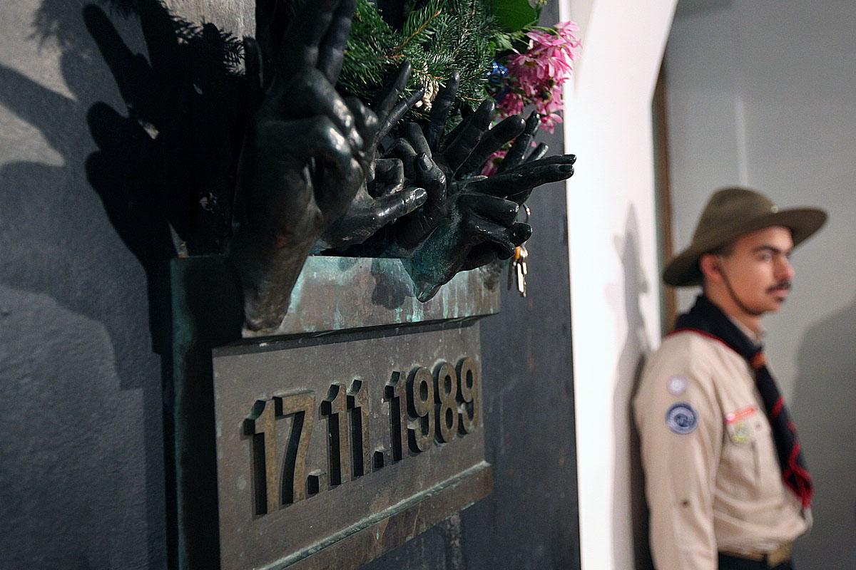 Na Národní třídě se vzpomíná na 17. listopad 1989