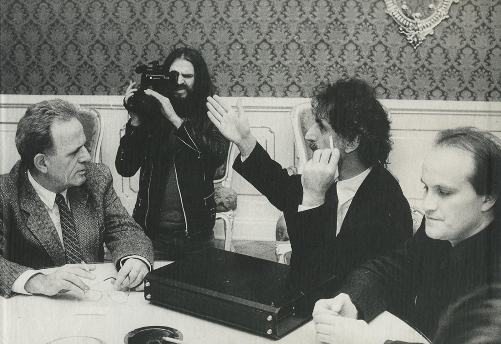 Frank Zappa u ministra kultury Milana Lukeše – Praha 1990