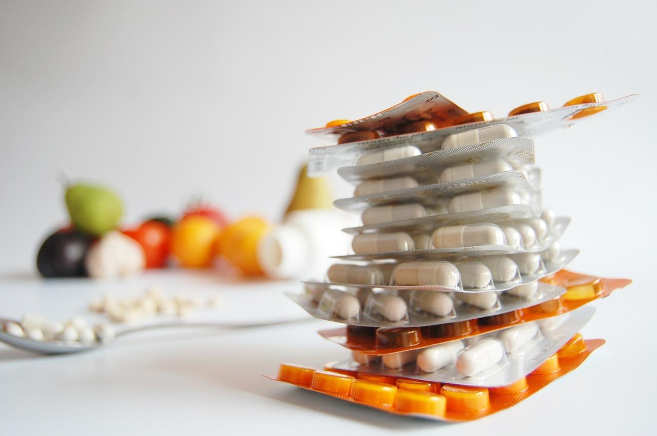 antibiotika vz. přírodní látky