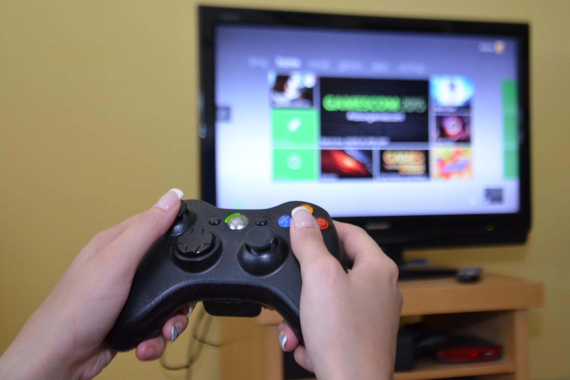 Počítačové hry, konzole, videohry, herní konzole, xbox (ilustrační foto)