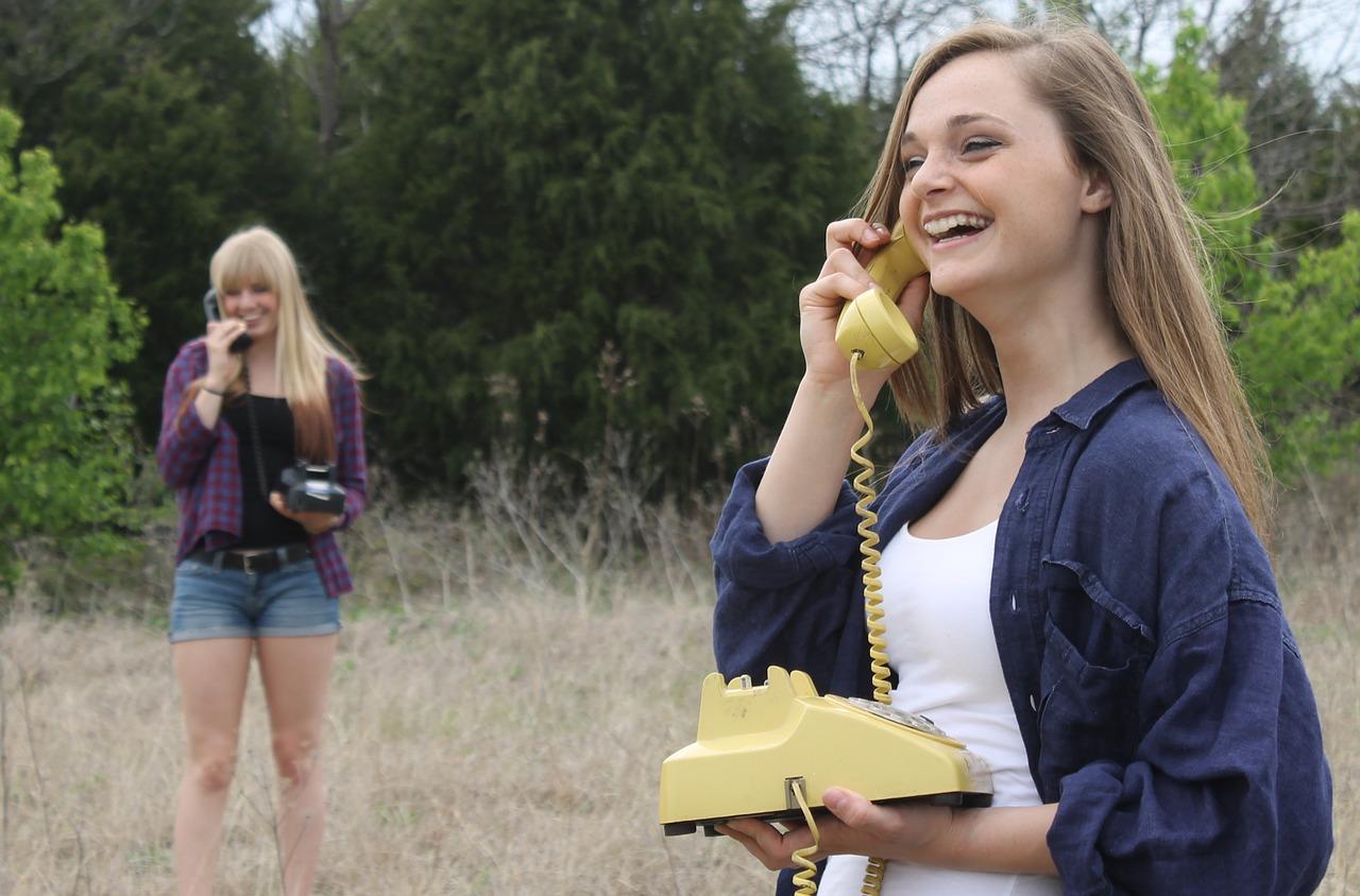 dívky - komunikace - konverzace