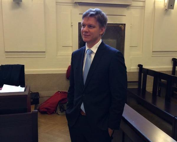 Exprimátor Prahy Tomáš Hudeček u soudu v kauze opencard