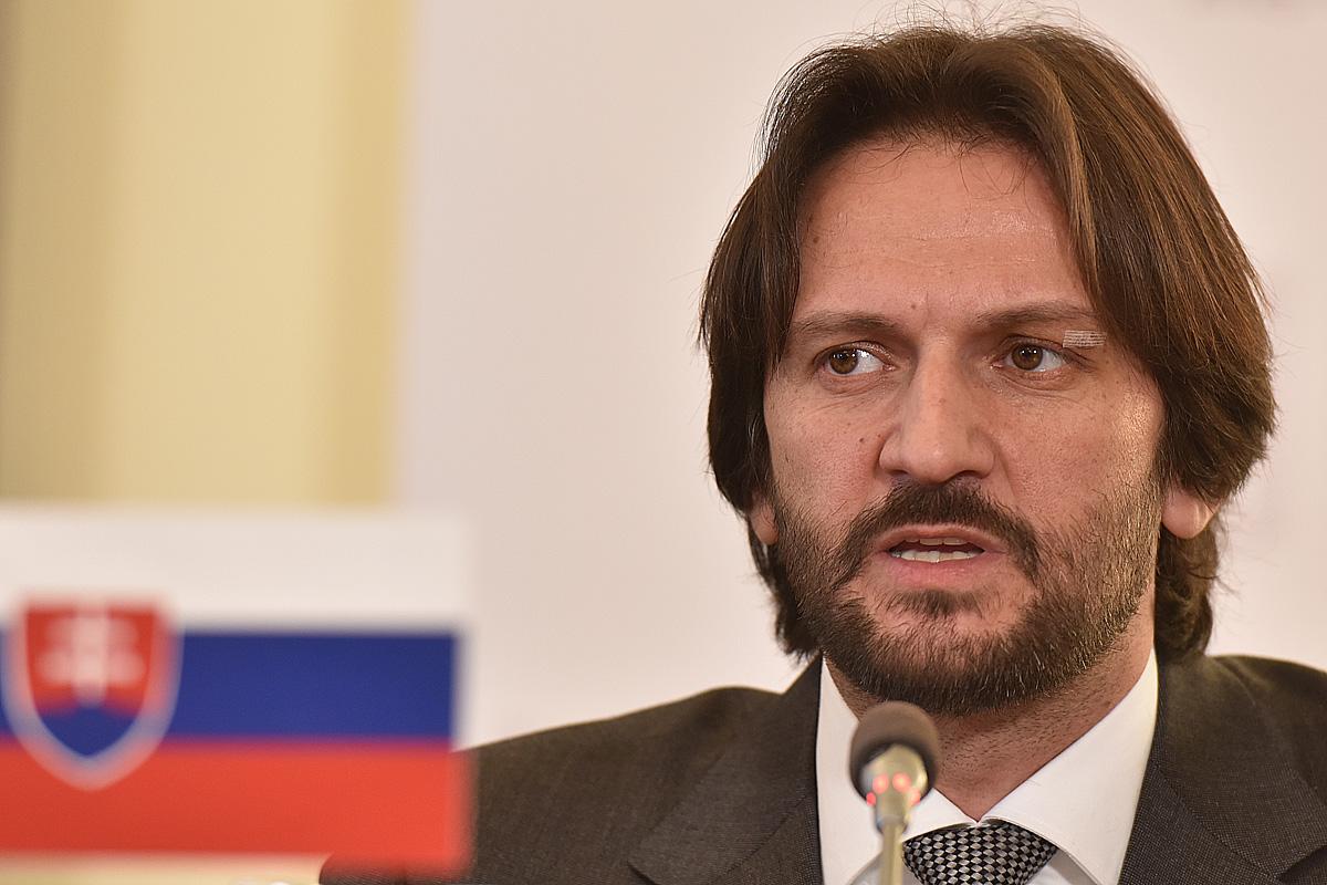 Ministři vnitra V4, jednání ministrů vnitra zemí visegrádské čtyřky, Robert Kaliňák