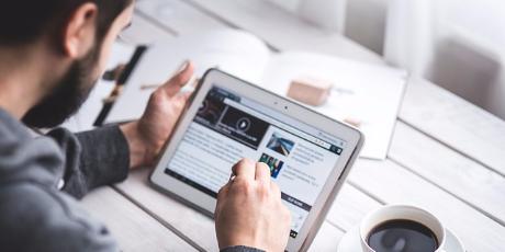 Tablet, nová média, sociální sítě
