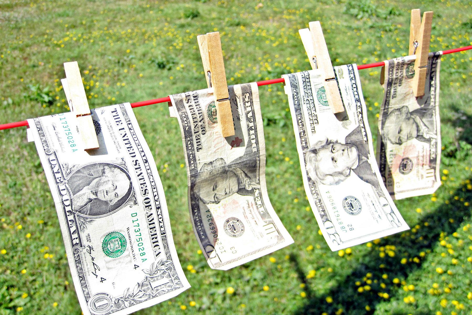 Praní špinavých peněz