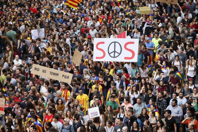 Katalánci chtějí být v Evropě národem ve chvíli, kdy EU o národy nestojí