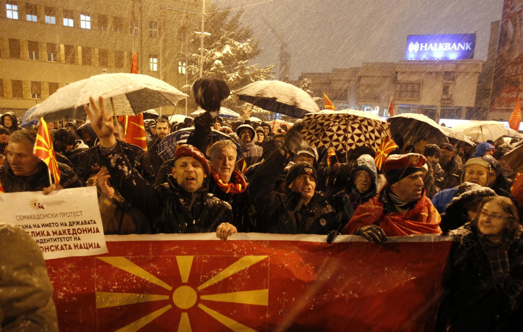 Demonstrace ve Skopje proti změně názvu Makedonie