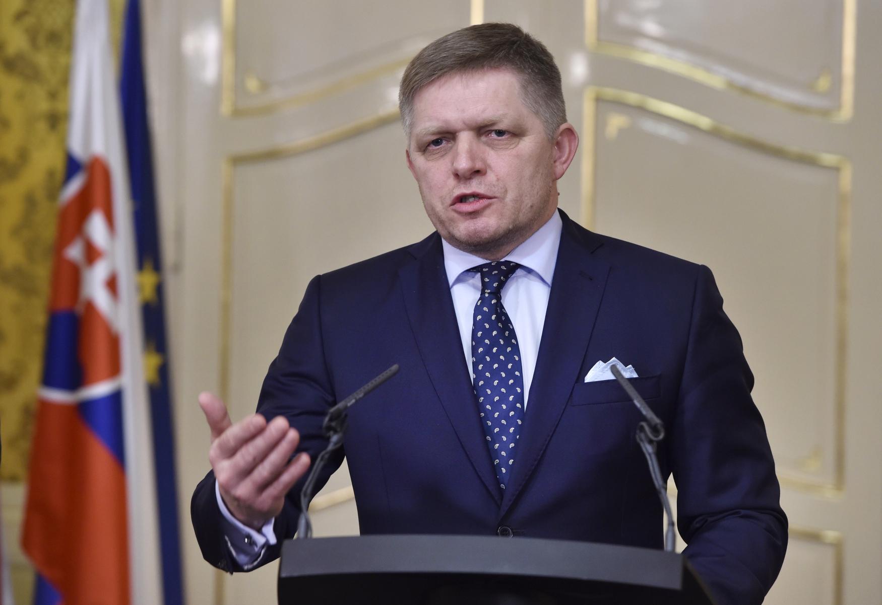 Robert Fico odstoupil z úřadu slovenského premiéra