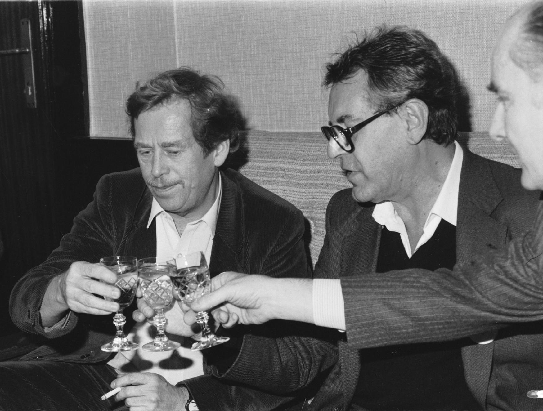 Václav Havel a Miloš Forman v  prosinci 1989