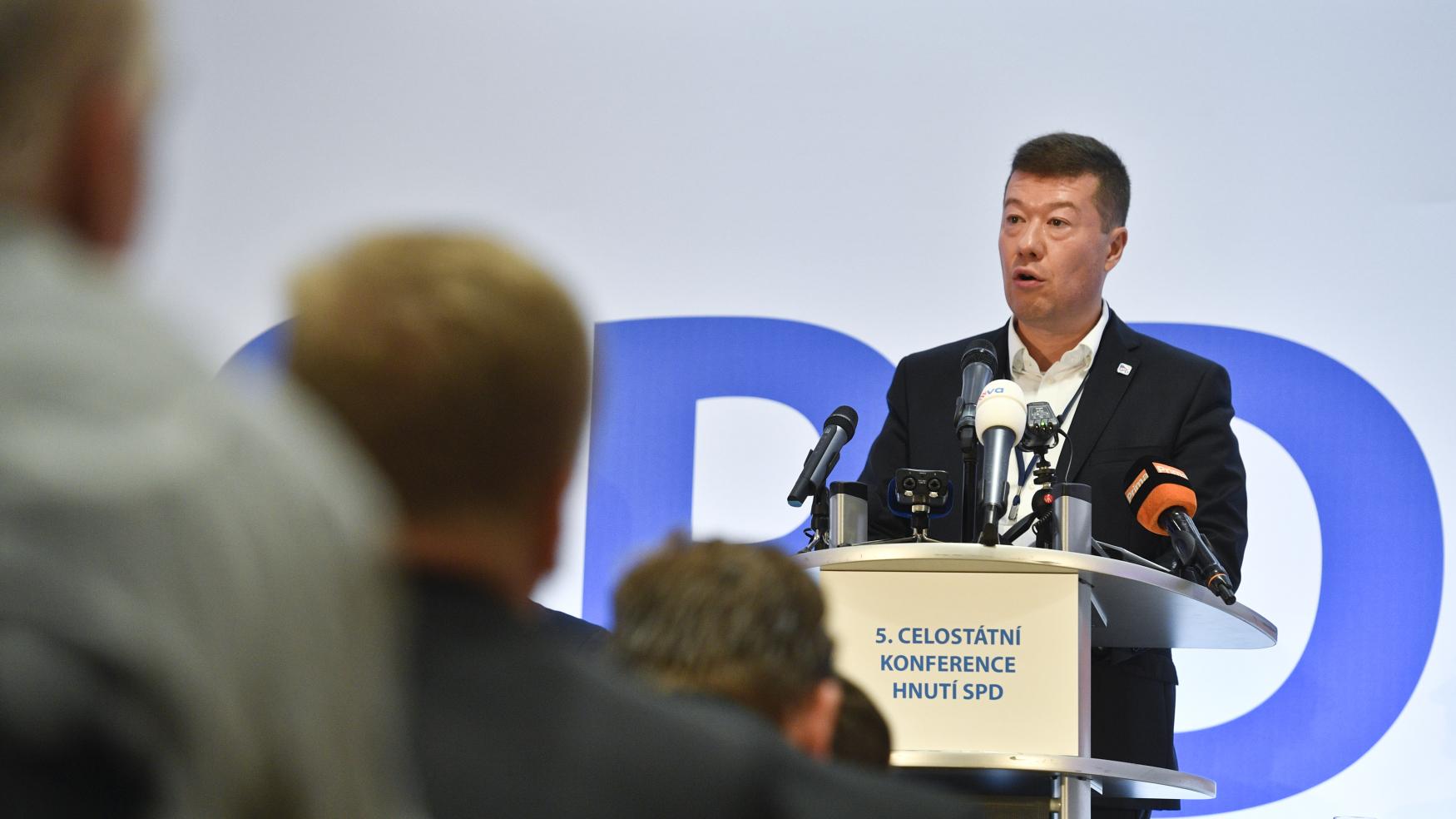 Předseda hnutí Svoboda a přímá demokracie (SPD) Tomio Okamura na celostátní volební konferenci hnutí