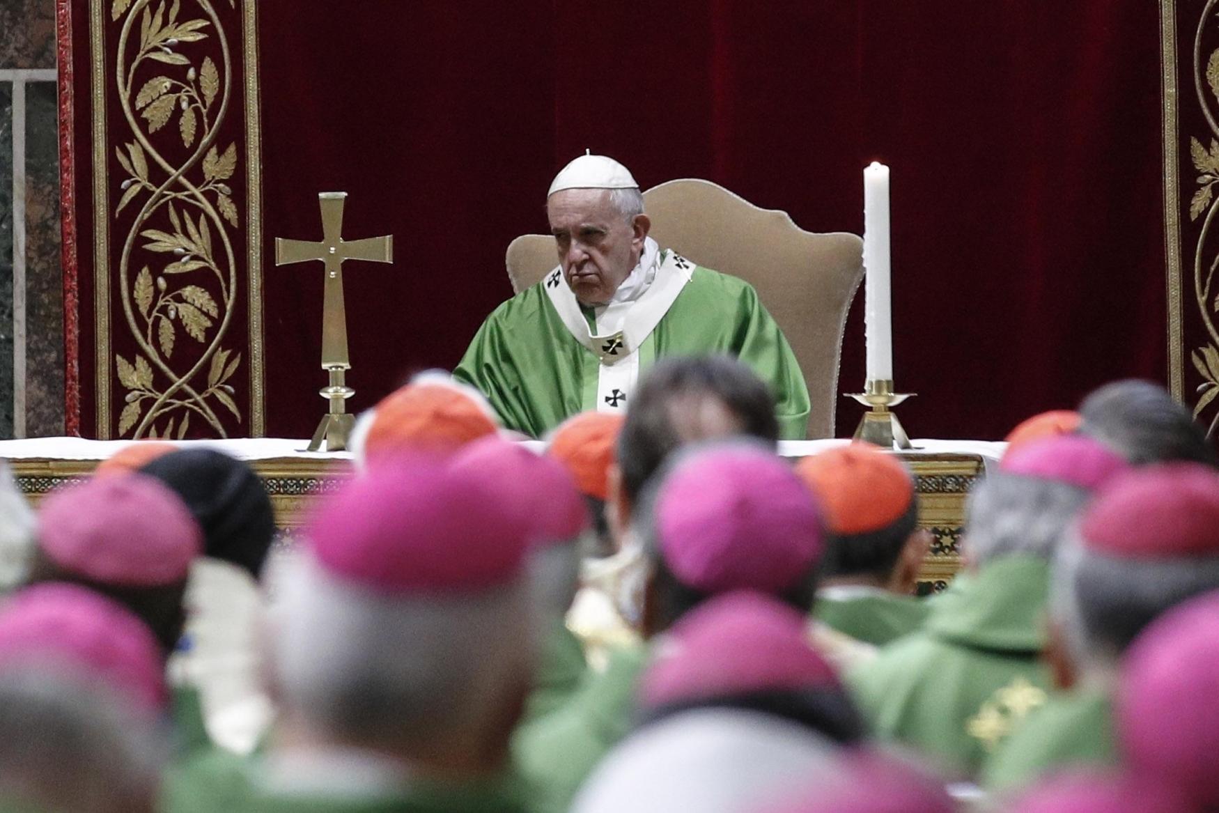 Papež František svolal summit o sexuálním zneužívání mladistvých kněžími