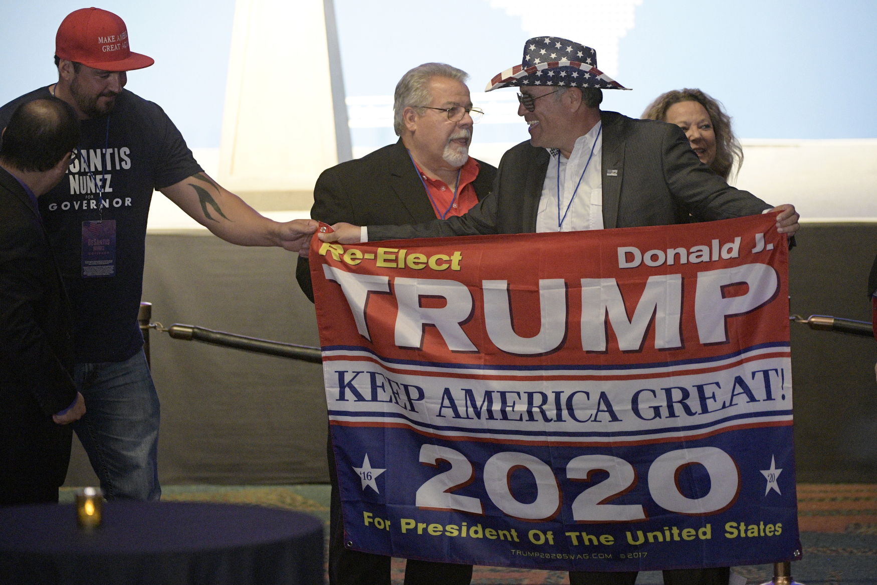 Dá se považovat vítězství Donalda Trumpa v prezidentských volbách roku 2016 jako svého druhu anomálie?