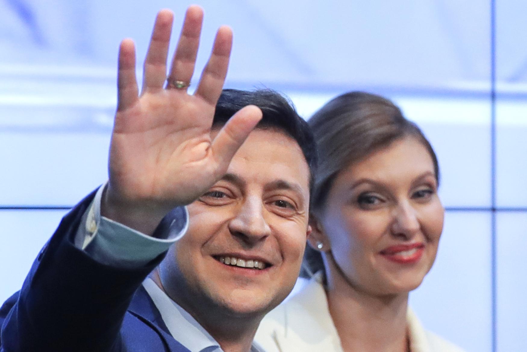 Novým ukrajinským prezidentem se stal Volodymyr Zelenskyj