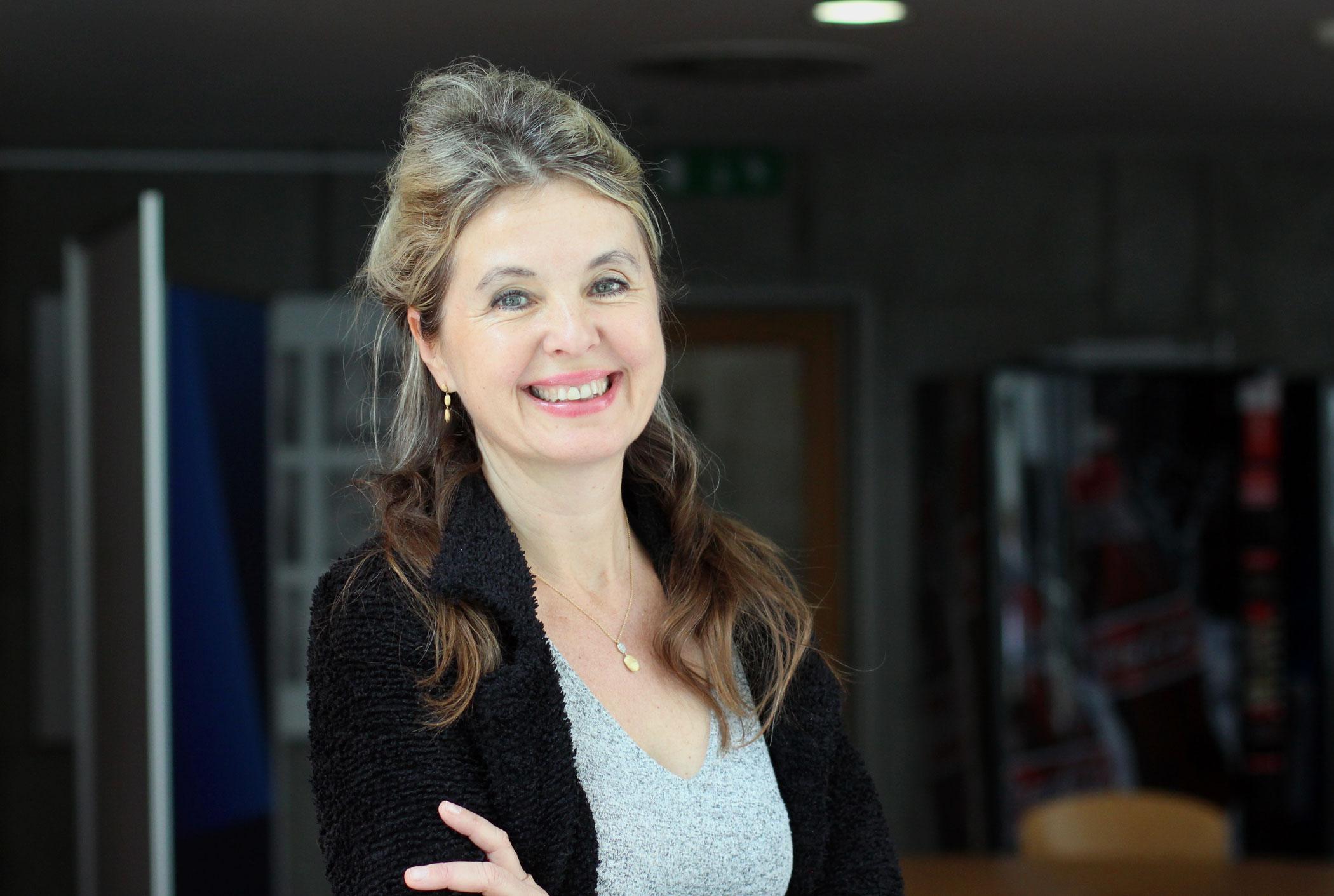 Kateřina Englichová, harfistka (manželka diplomata Václava Bartušky)