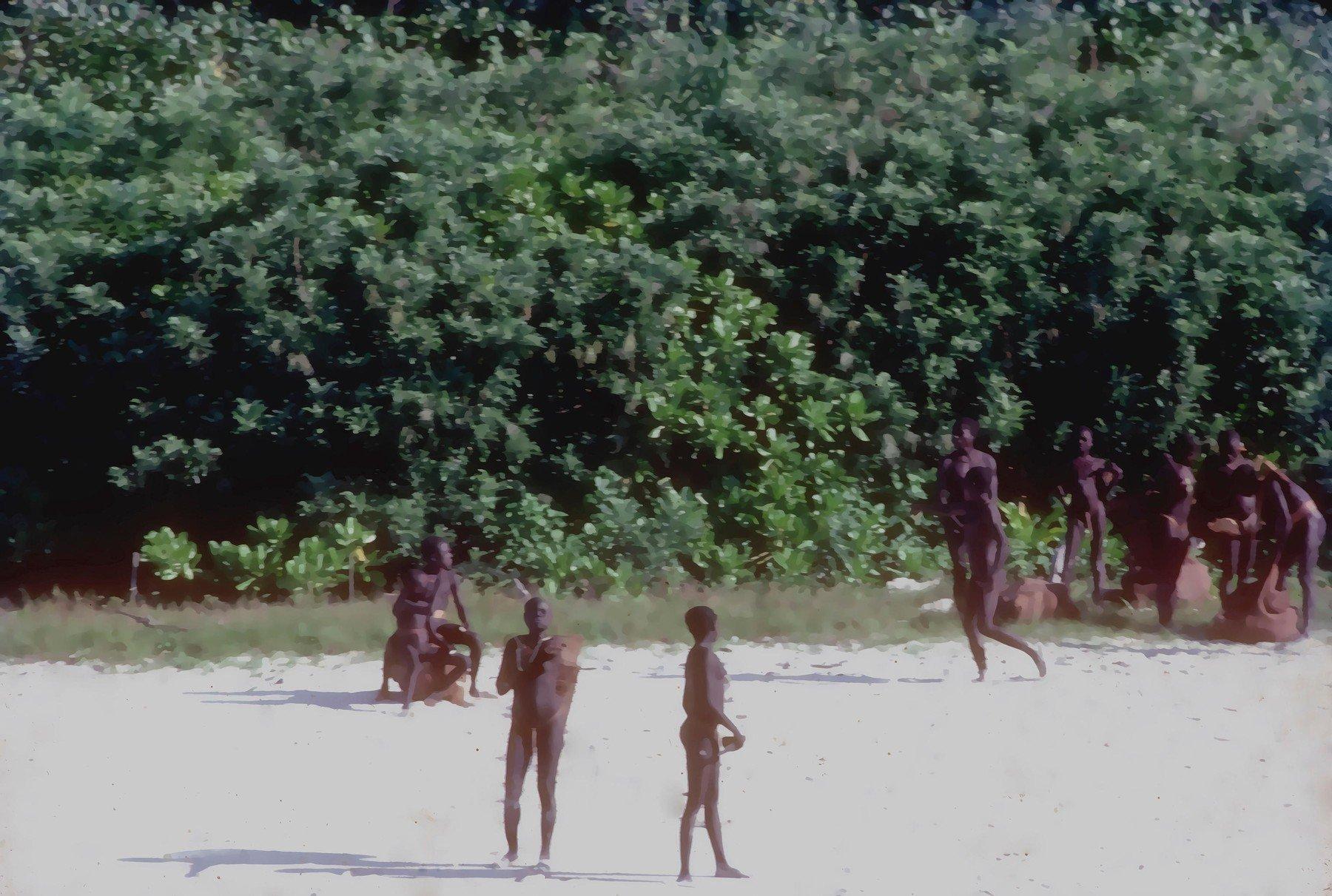 Obyvatelé ostrova Severní Sentinel