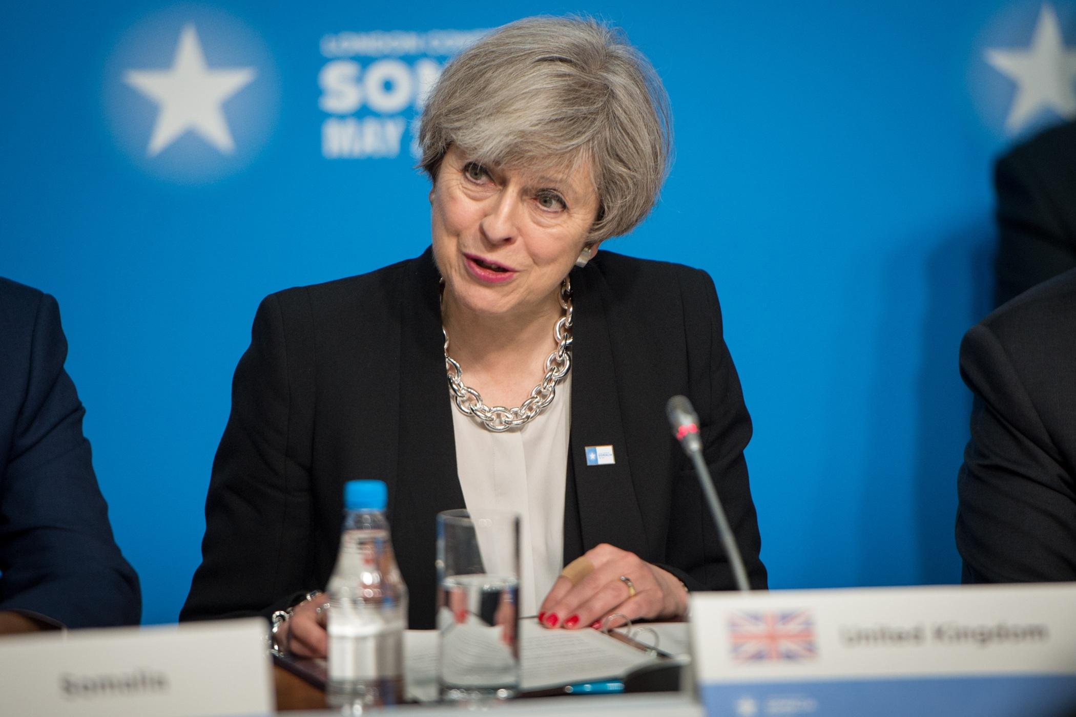 Změnilo by se něco, kdyby o brexitu s Bruselem nejednali konzervativci premiérky Mayové, ale labouristé?