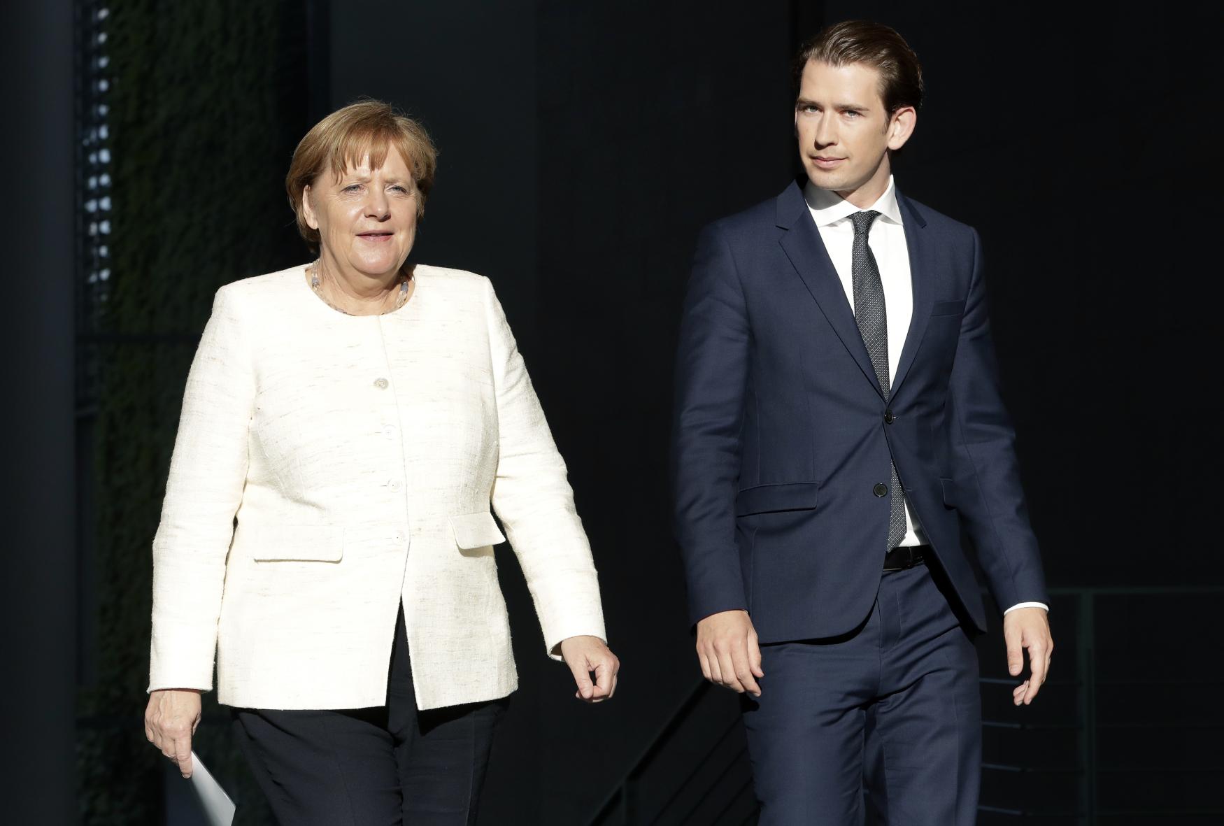 Mladý rakouský spolkový kancléř Sebastian Kurz se v Berlíně sešel s německou kancléřkou Angelou Merkelovou