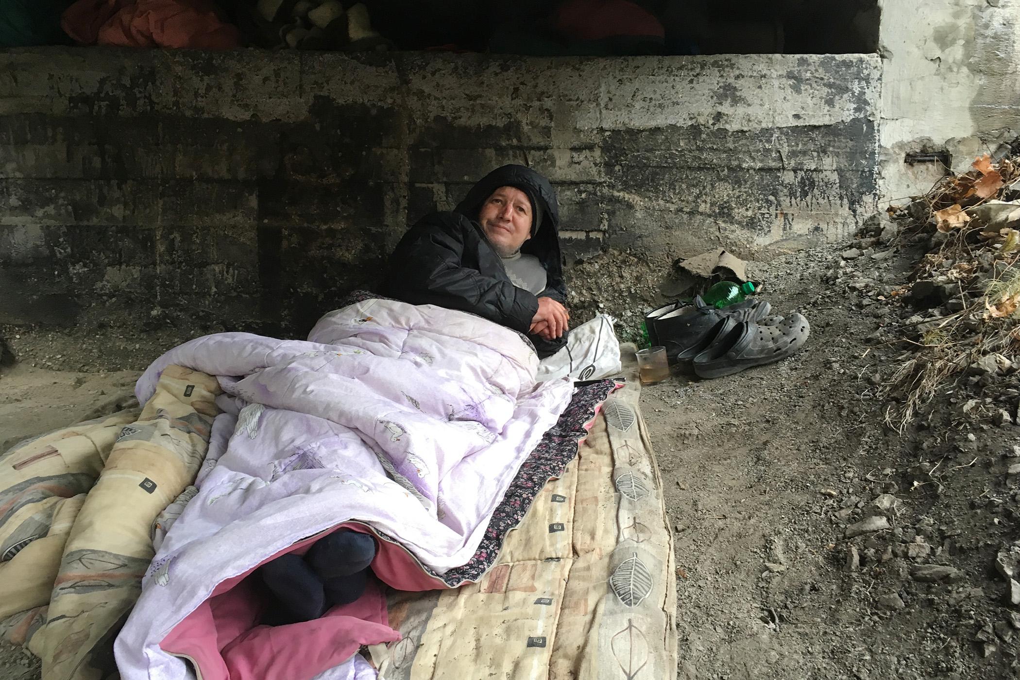 Bezdomovcem se podle Stanislava Fialy málokdy stane ten, kdo má pouze jeden, samostatný problém. (ilustrační foto)