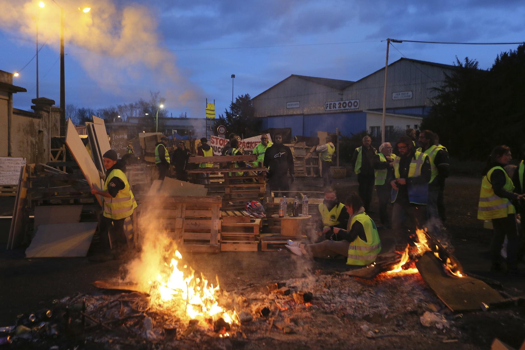 Protesty žlutých vest ve Francii pokračují