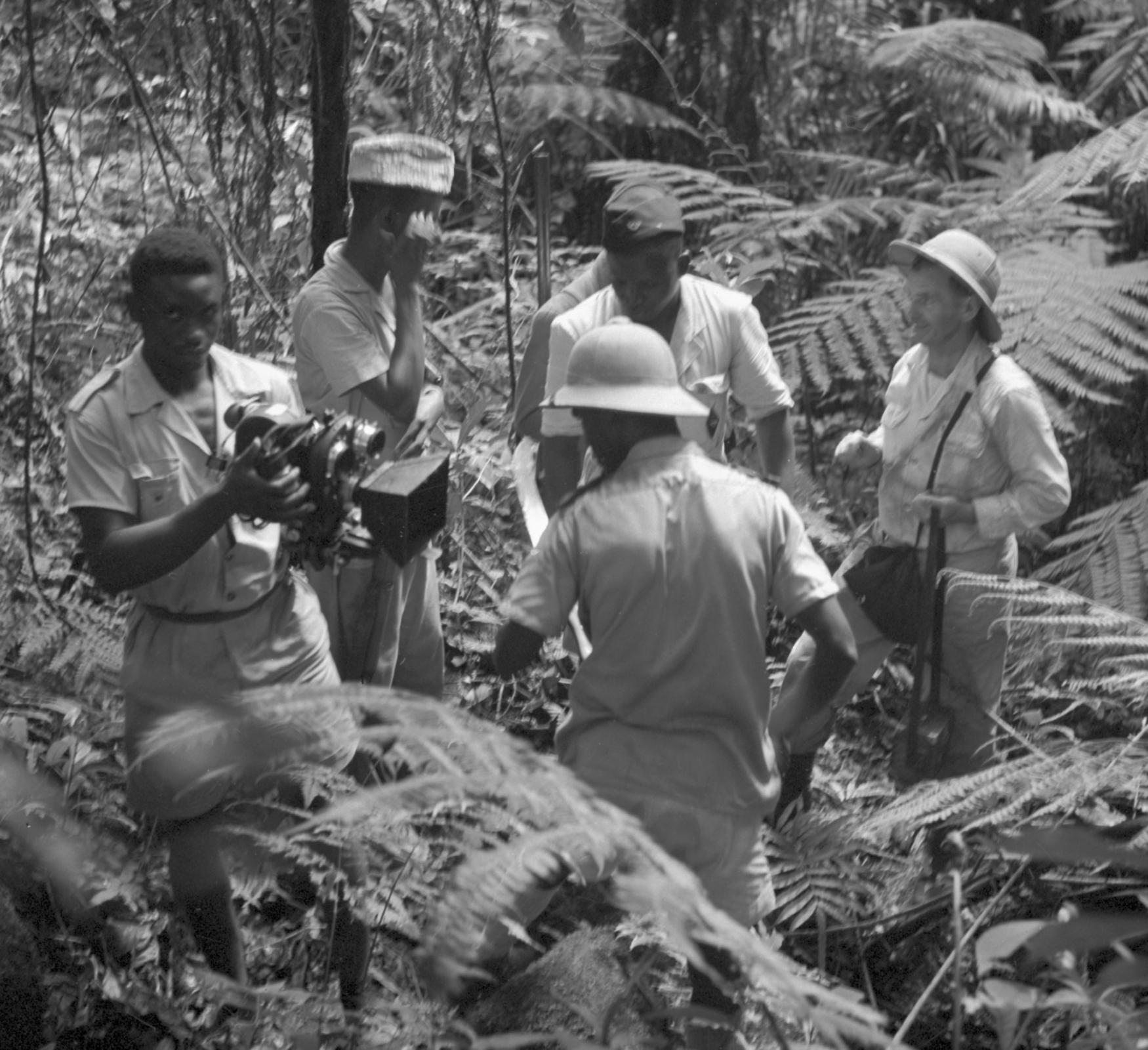 Ladislav Pařízek spolu s kameramanem Lubomírem Mikulou dosáhli 21. května 1959 pramenů Nigeru v posvátném háji