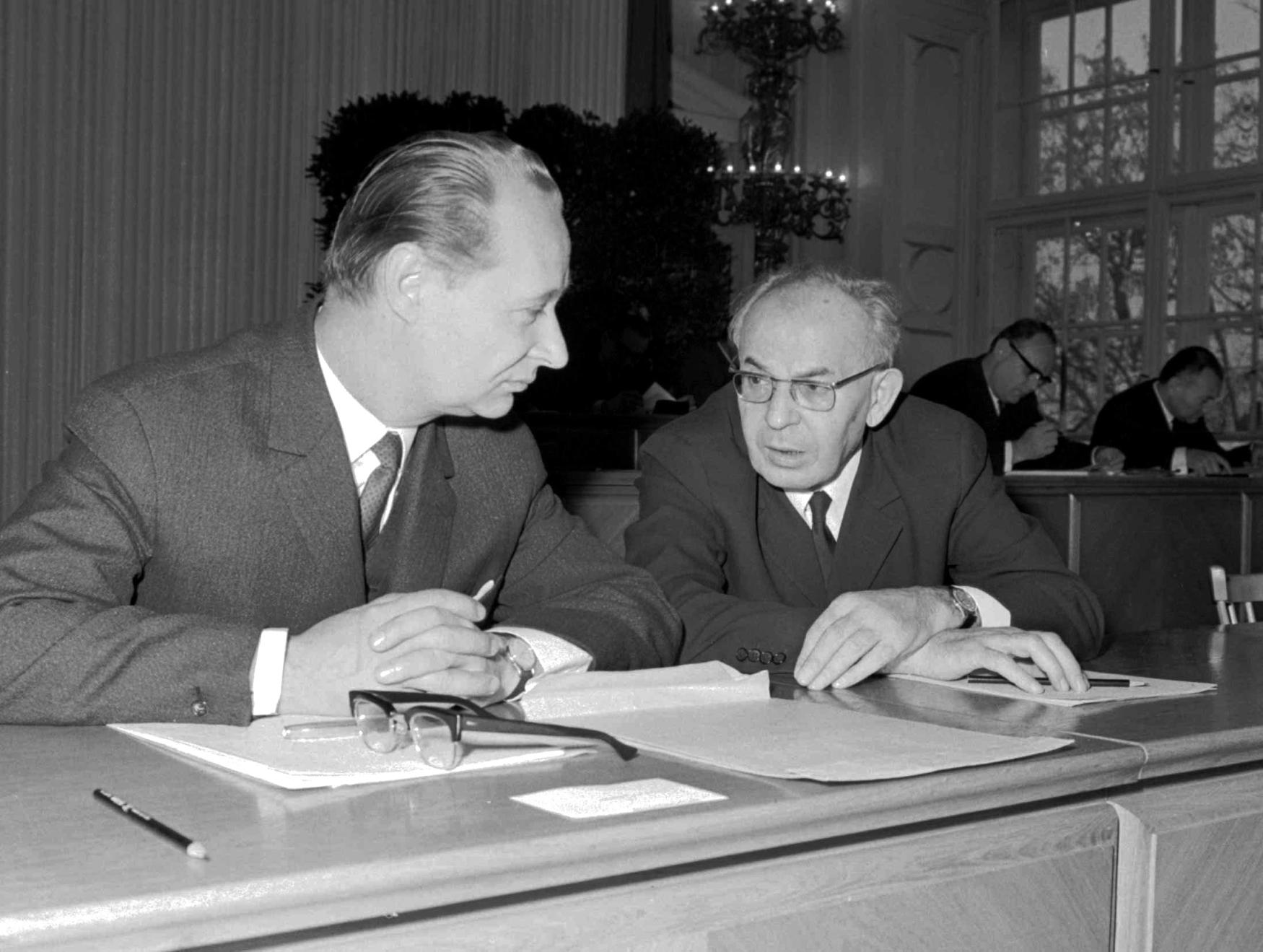 Alexander Dubček a Gustáv Husák v prosinci 1968