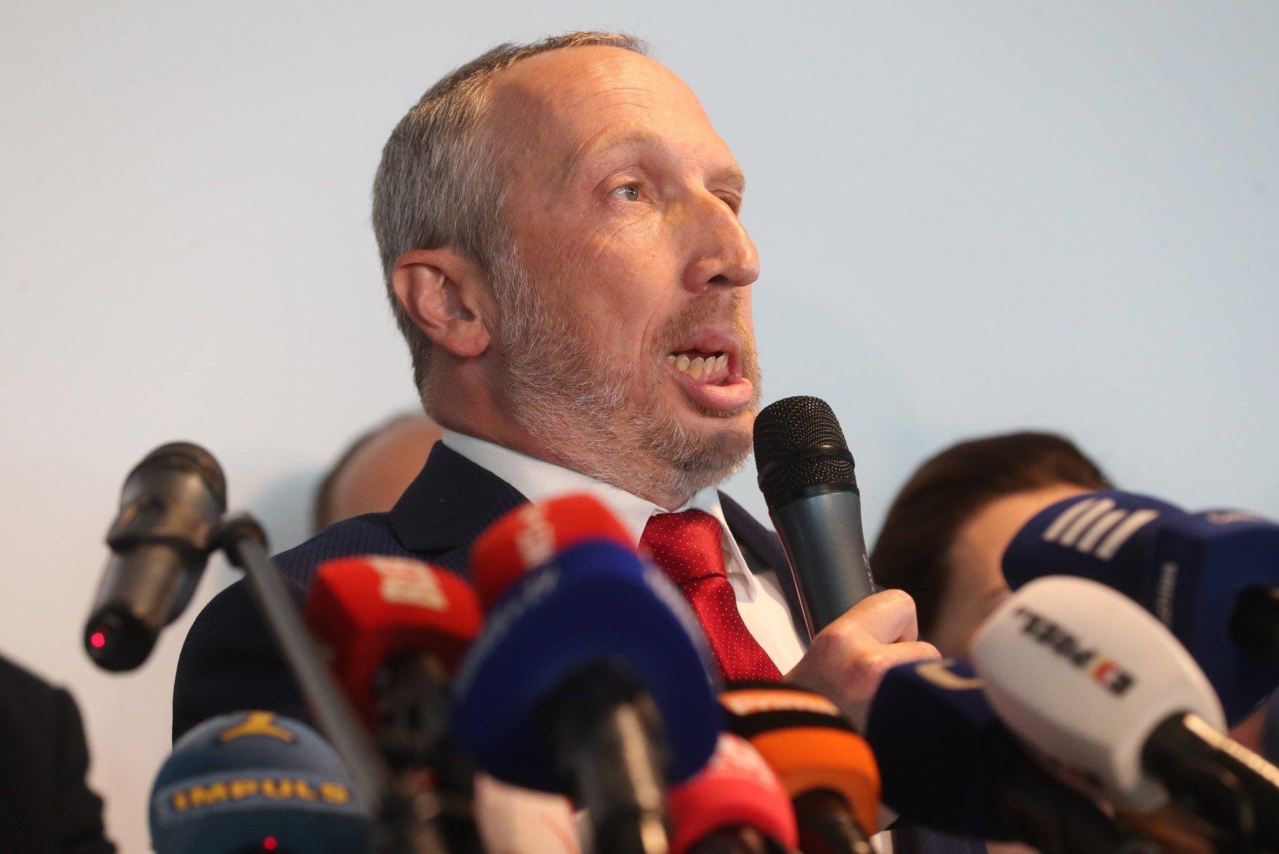 Václav Klaus mladší založil politické hnutí Trikolóra.