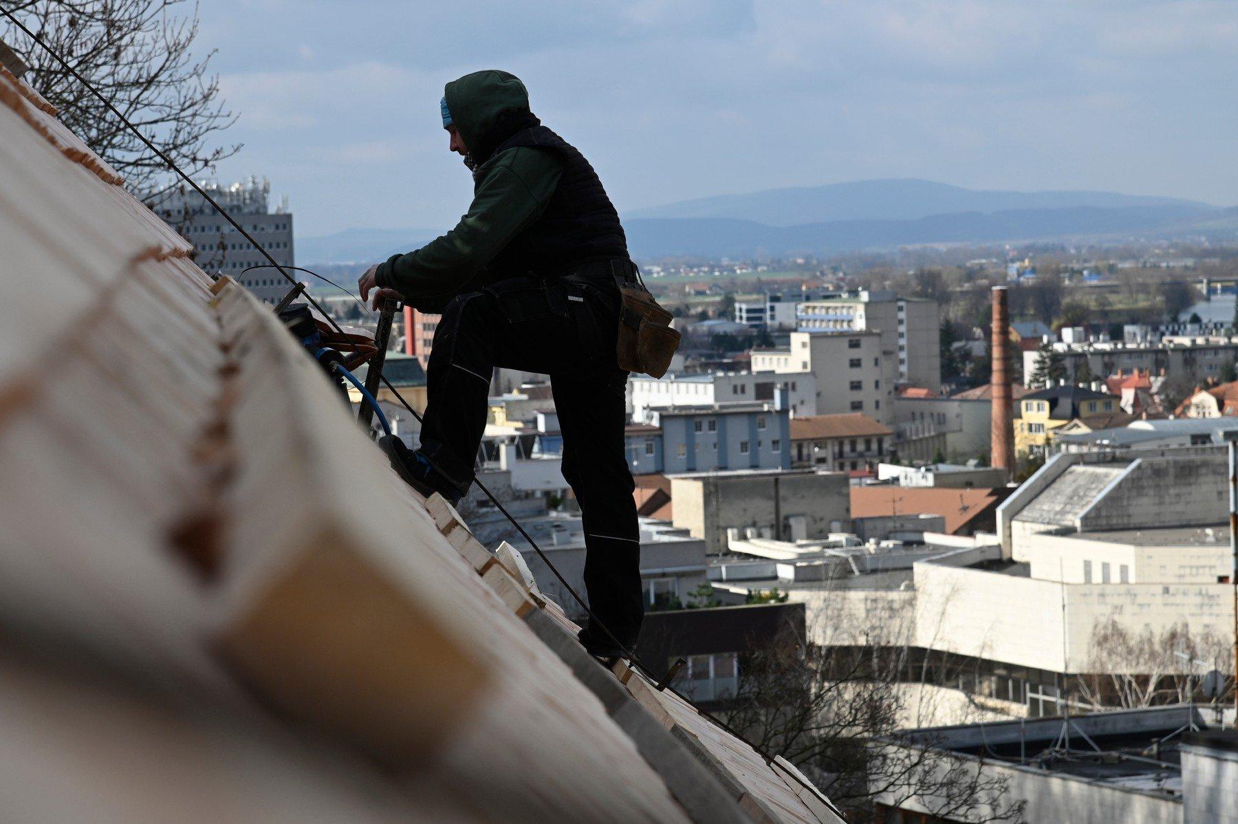 Práce na střeše