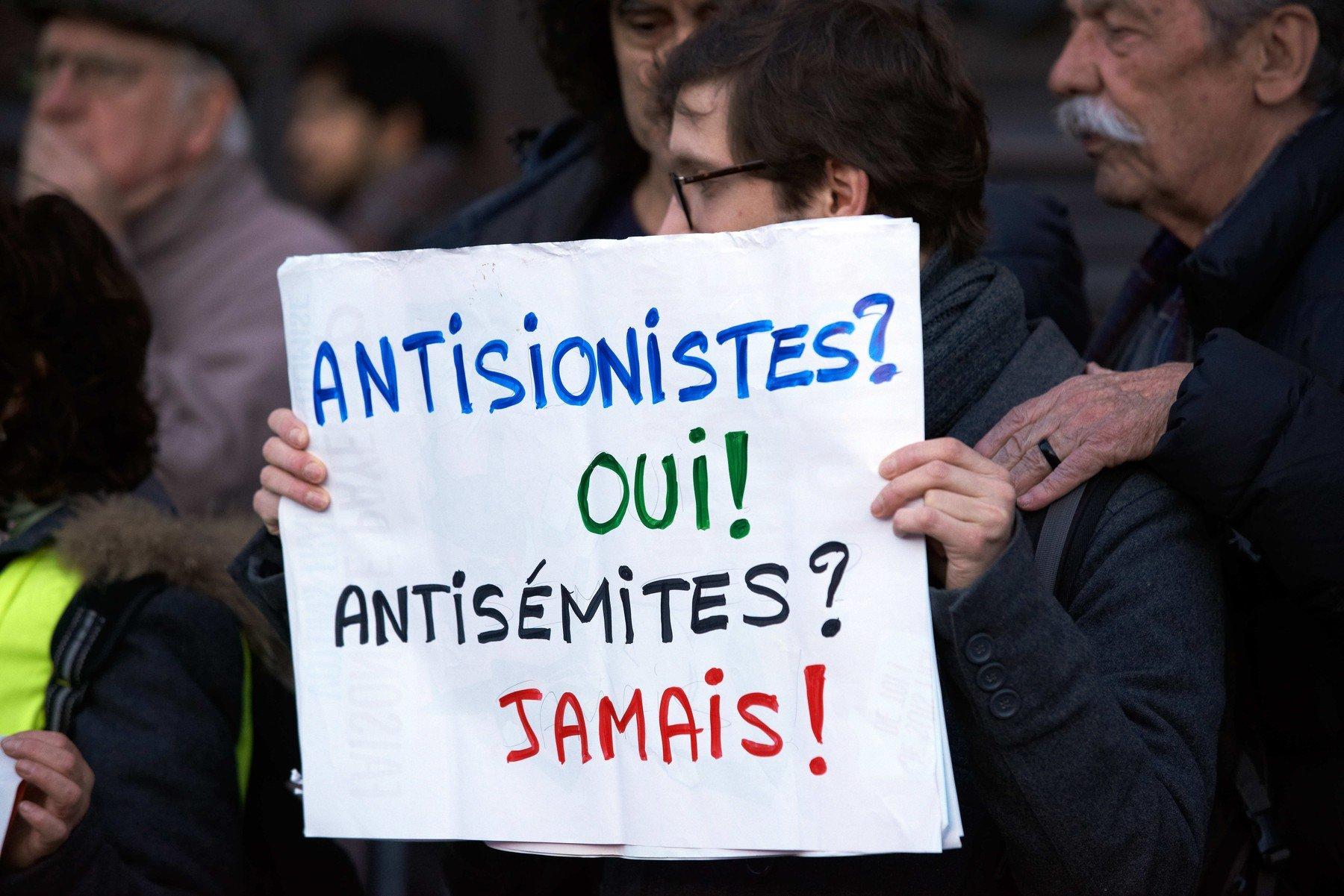 Žluté vesty a antisemitismus ve Francii