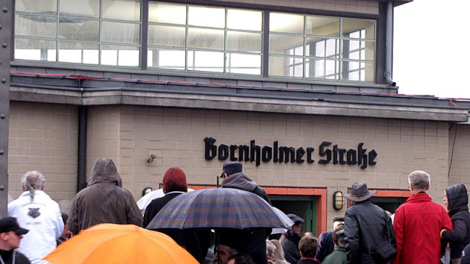 Bývalý přechod na Bornholmer Strasse dnes