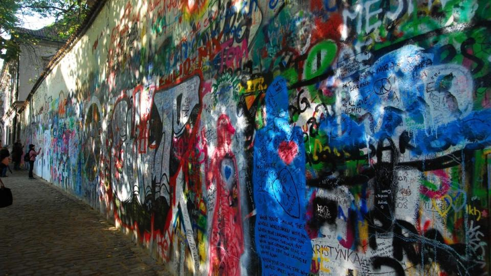 Lennonova zeď v roce 2008