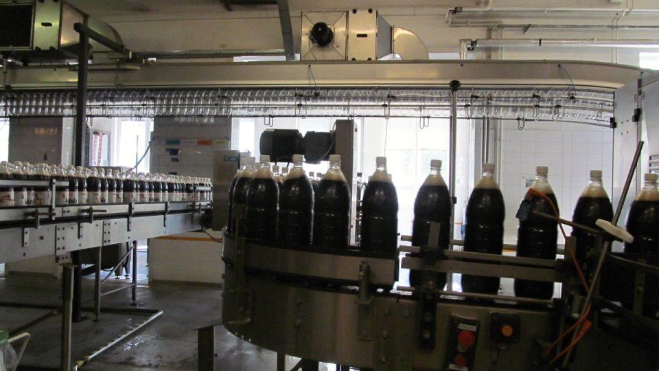 Linka na plnění Kofoly do plastových lahví