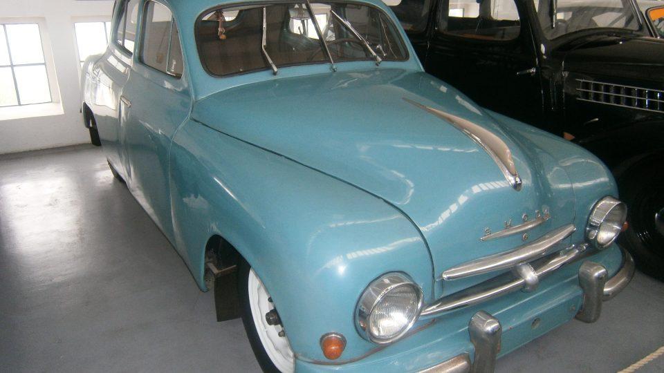 Škoda 1200