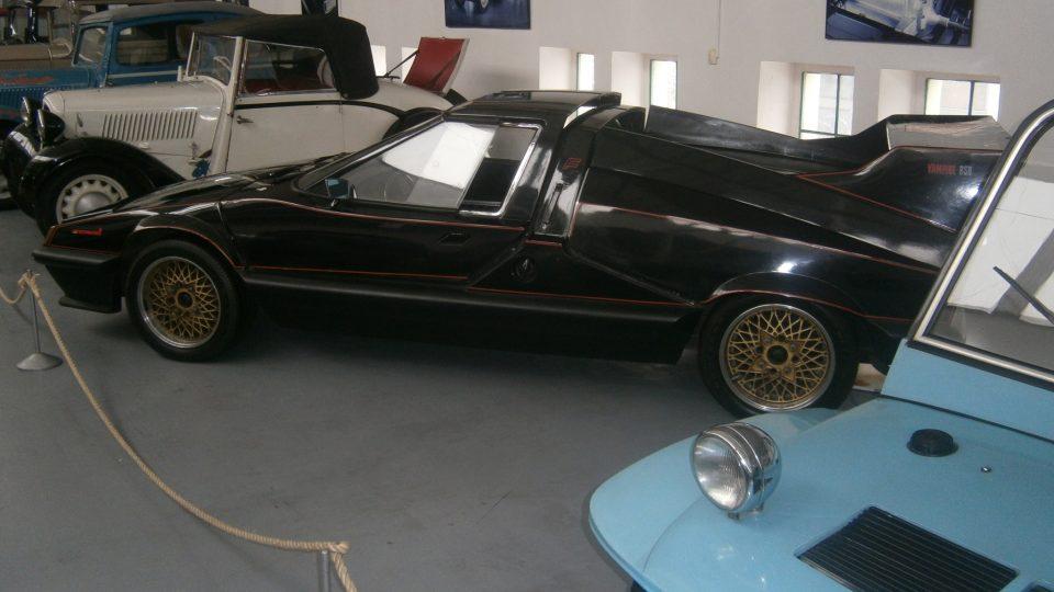 Vůz, který si zahrál ve filmu Upír z Feratu
