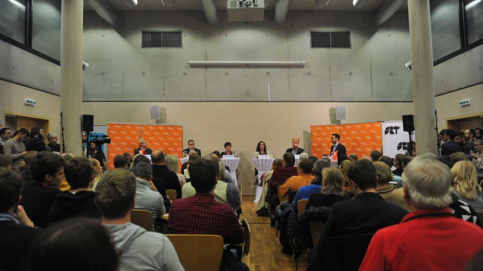Debata Plusu v Hradci Králové