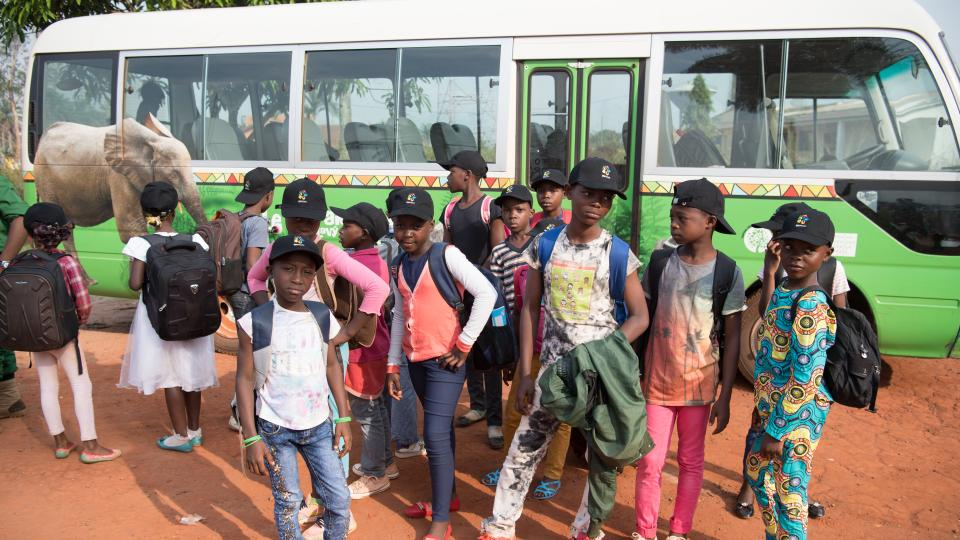 Účastníci oficiálně první jízdy nového Toulavého autobusu