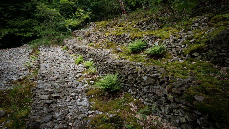 Kamenný amfiteátr se dá najít, když se vydáte ze známé periferie tajnou odbočkou