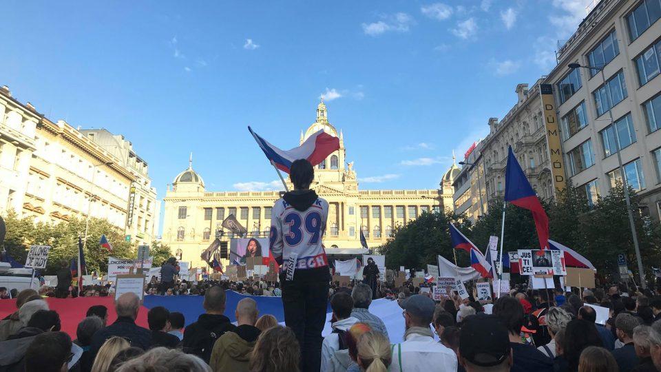 Podle mluvčího pražských policistů Jana Daňka nebyly policii v souvislosti s demonstrací hlášeny žádné incidenty
