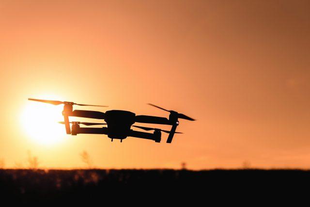Čínský výrobce vytvořil dron pro přepravu lidí,  je stabilní a snadno se řídí | foto:  JESHOOTS.com,   Pexels,   CC0 License