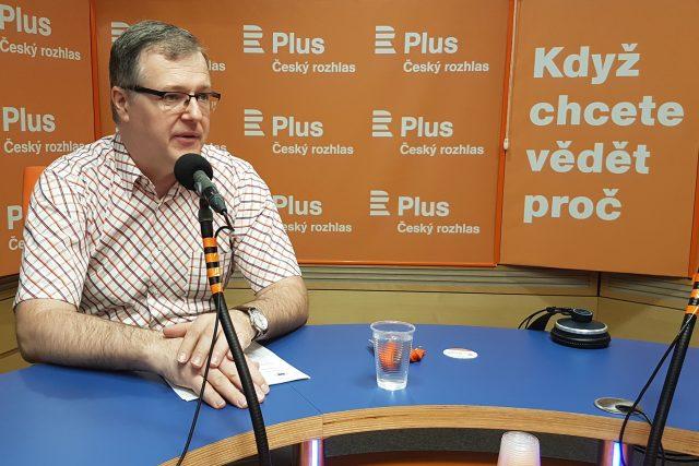 Petr Zahradník, ekonom