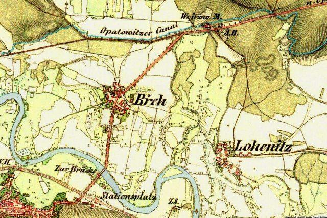 Na staré mapě z poloviny 19. století je patrné, že osadu Wejrow (Výrov) s mlýnem na Opatovickém kanálu dělí od obce Břeh (Břehy) ještě kus cesty