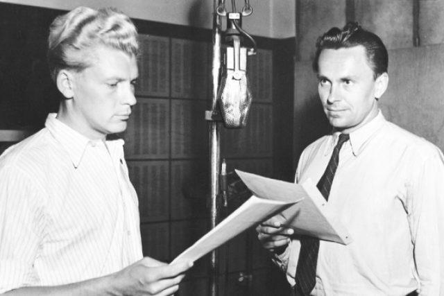 Reportáže inženýrů J. Hanzelky a M. Zikmunda (zleva) se vysílaly do srpna 1952