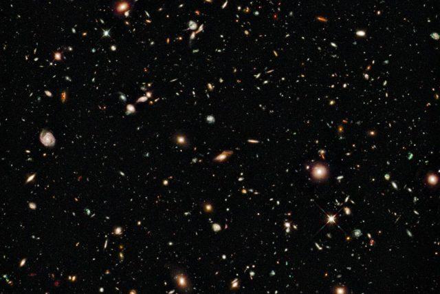 Fotografie nejvzdálenějších galaxií ve vesmíru pořízena Hubbleovým dalekohledem v srpnu letošního roku