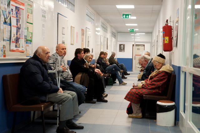 Čekání na vyšetření v nemocnici | foto: Tomáš Adamec
