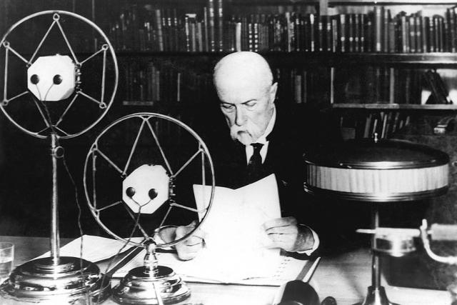 Prezident T. G. Masaryk promluvil v roce 1932 k americkým posluchačům