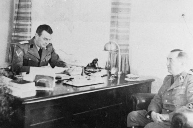 Vedoucí gestapa v Pardubicích SS Hauptsturmführer Gerhard Clages a jeho kolega Lehne