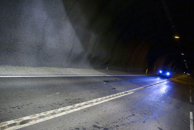 Tunel na islandu spojuje dvě města, která si nejsou příliš nakloněná