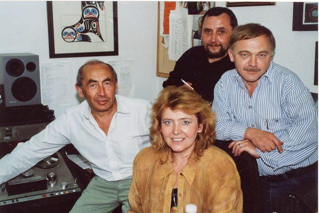 Zleva: Milan Schulz, Lída Rakušanová, Karel Moudrý a Karel Kryl