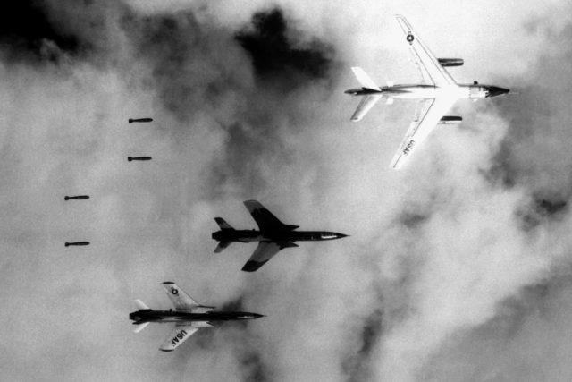 Bombardování severního Vietnamu